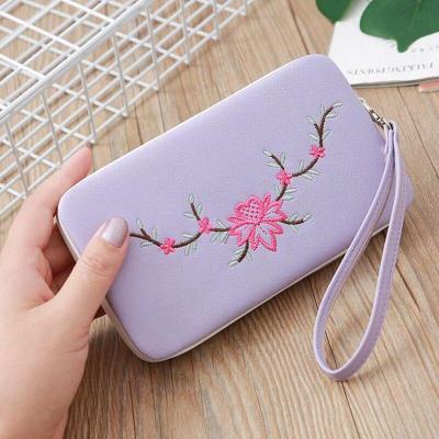2020 New Women's Wallet Fashion Retro Embroidery Handmade Long-style Women's Wallet Mobile