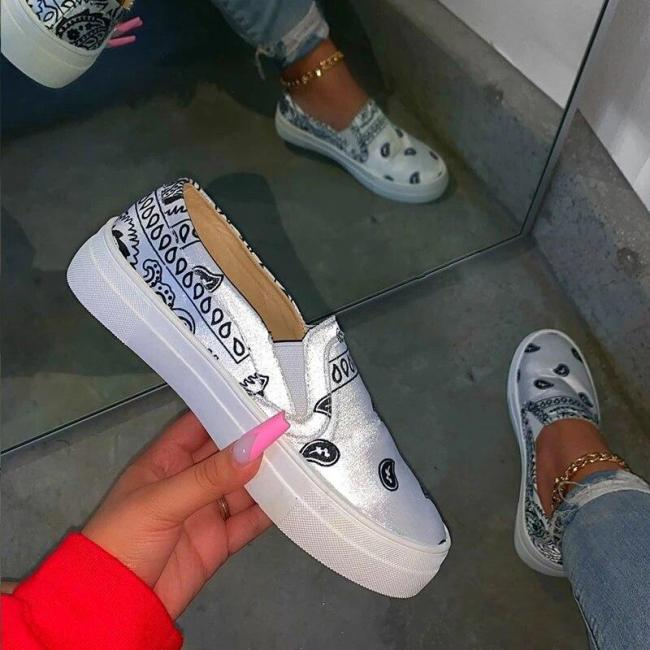 Women Shoes Casual Shoes woman Fashion Flats 2020 NEW Plus Size Shoes Female Sneakers Ladies Walking Vulcanize Shoes