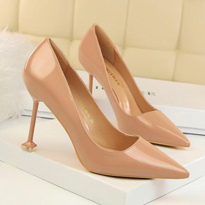 2019 Patent Leather Pointed Toe Women High Heels Sexy Pumps Party Wedding Shoes Fashion Black Color Thin Heels Woman G0102