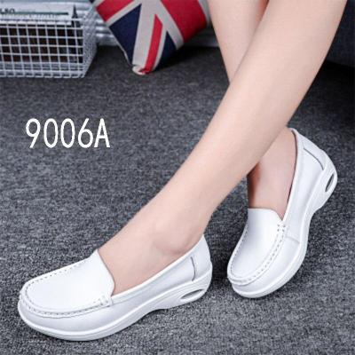 NEW Autumn cushion nurse shoes white slope heel anti-skid leisure shoes female mother small white shoes beautician work
