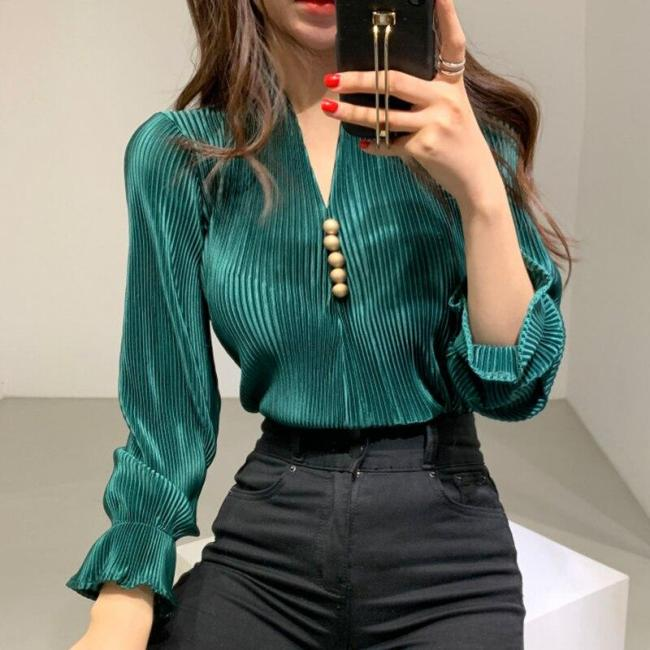 Korean Early Spring Temperament V-neck Chic Button Loose Stripe Bell Sleeve Shirts Women Blouses New Fashion Streetwear 2020