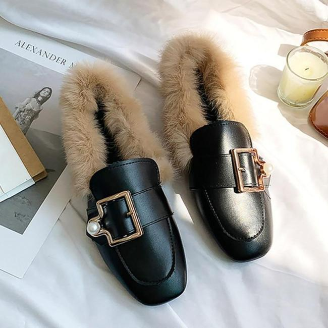 Women Flat shoes With Pearl 2020 women Loafers Buckle Female casual shoes Girls shoes Outdoor With fur