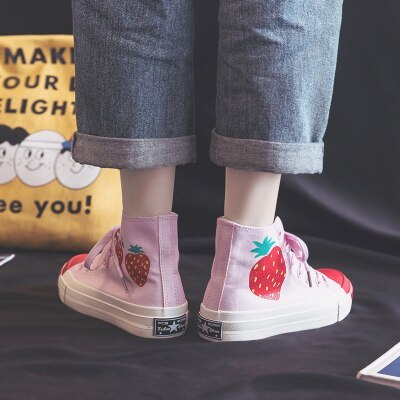 High Top Canvas Shoes for Women 2020 Spring New Strawberry Shoes Green Leaves Skateboard Shoes Outdoor Footwear Chic Sneakers