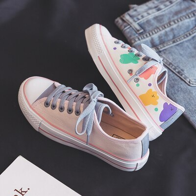 Women Canvas Shoes Cute Bear All-match High-Top Graffiti 2020 Spring New Korean Student Ins White Shoes Fashion Trends Sneakers