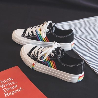 Rainbow Canvas Shoes 2020 Spring Summer Trending Style Colorful Outsole Girls Fashion Sneakers Street Hip Pop Low Top 35-40