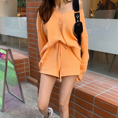 Knitted Two Piece Set Women V Neck Lantern Sleeve Sweater Lace Up Bowknot Shorts Suits Female 2020 Fashion Clothes New