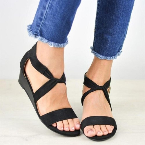 Women Sandals Gladiator Flat Summer Shoes Woman Ankle Strap Soft Leather Sandals Slippers Plus Size 35-43 Fashion Beach Shoes