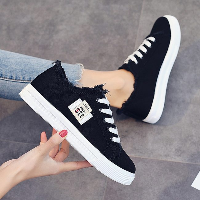 Shoes Women Canvas Sneakers Summer Denim Trainers Vulcanize Shoes Lace Up Big size 43 Breathable Flat shoes Zapatillas mujer