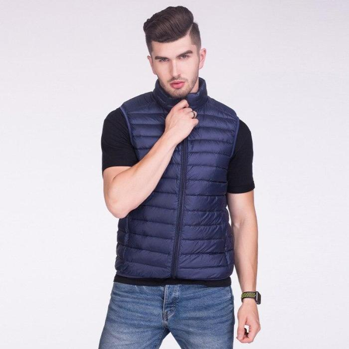 2020 New Autumn Winter Men Down Vests 90% White Duck Down Ultra Light Sleeveless Jackets Coats Portable Casual Waistcoat for Man