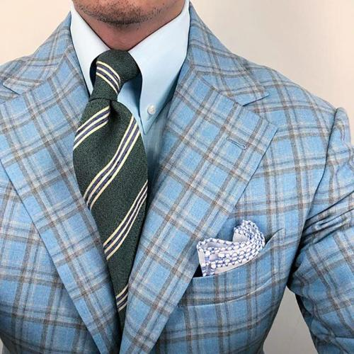 Mens classic stripe color macthing tie