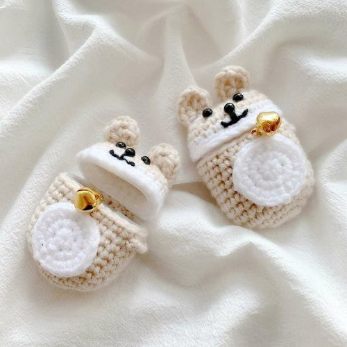 Cartoon Mouse Handmade Knitted Plush Doll Winter AirPod Case