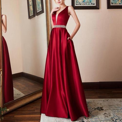 Sexy V-Neck Sleeveless Evening Dress
