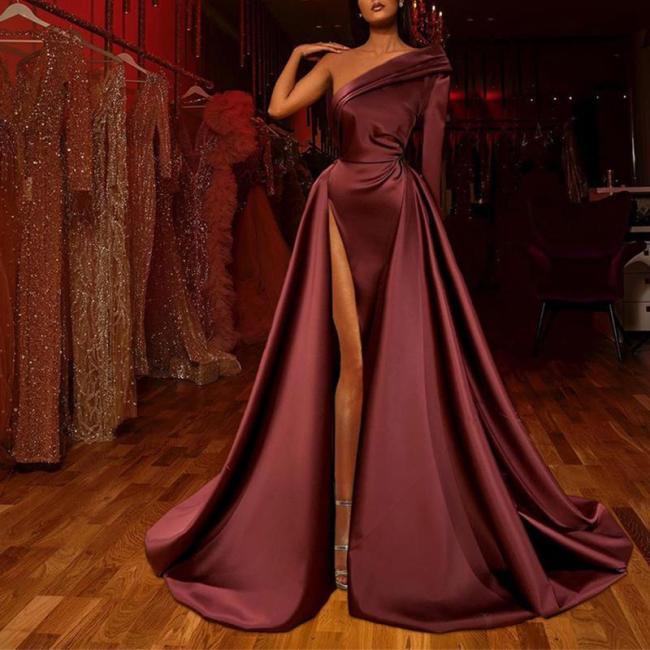 Elegant Off-the-shoulder Solid Color Long-sleeved Evening Dress