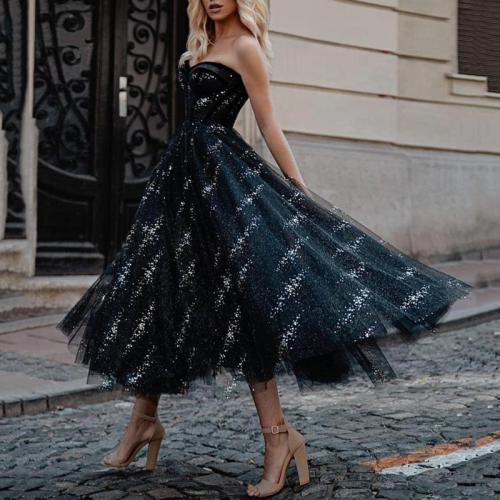 Sexy off-the-shoulder tube top dress