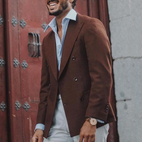 Fashion caramel double-breasted patch pocket men's blazer