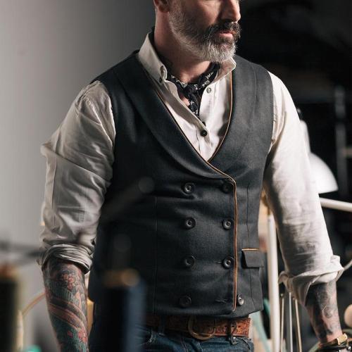 Men's Pure Color Lapel Double Buckle Vest