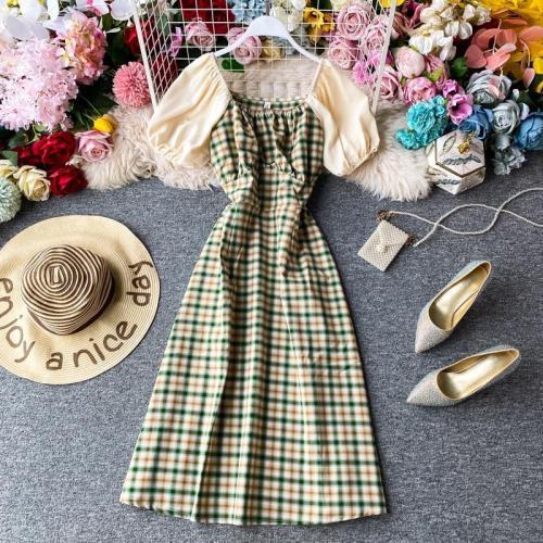 JOYMANMALL Women Summer Sweet Plaid Dress Vintage Square Collar Puff Sleeve Patchwork Dress French Elegant Streetwear Midi Dress