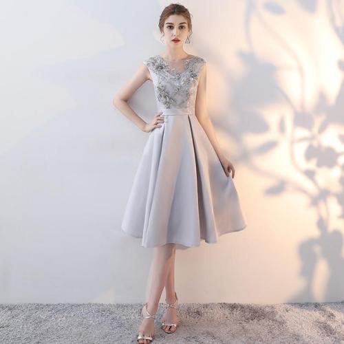 Vestido de noche de encaje con cuentas 2019 nueva fiesta formal fiesta era delgada A-line falda sin respaldo sexy vestido