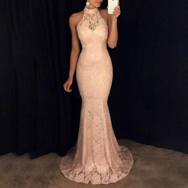 Lace Sleeveless Halter Evening Gown