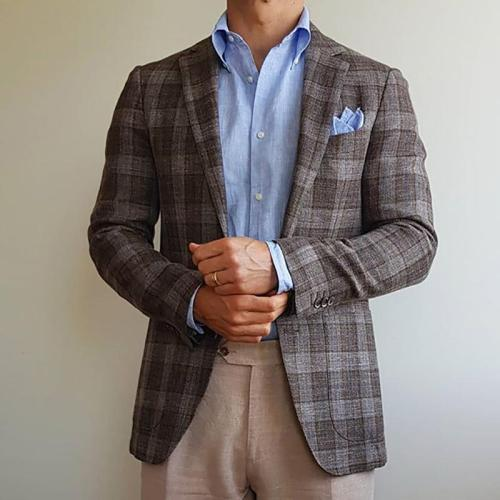 Classic men's plaid blazer