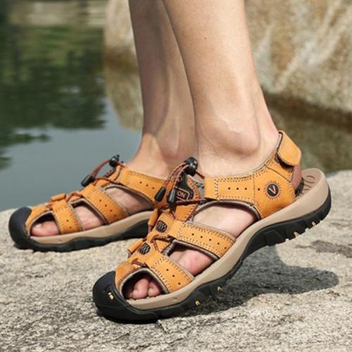 Men Anti-collision Toe Outdoor Slip Resistant Leather Sandals