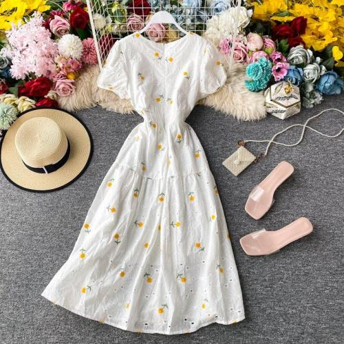 JOYMANMALL  Long Summer Embroidery Floral Dress Women Elegant Streetwear Puff Sleeves Party Dress Korean A-Line Romantic Sundress