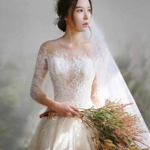 2019 Wedding Dress Lace Three Quarter Sleeves Sweep/ Brush Train Crost Back Ball Gown Princess Vintage Bride Dress
