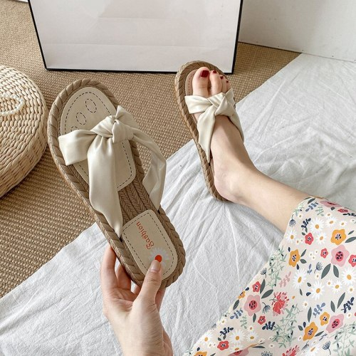 Shoes Woman's Slippers Luxury Slides Low Shale Female Beach 2021 Designer Summer Sabot Flat Rome Fashion PU Basic Shoes Slippers