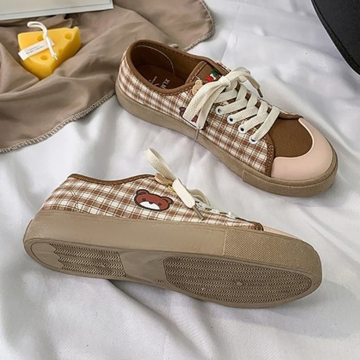 Cute Bear Plaid Canvas Shoes Women's New Casual Lace Up Running Sneakers Autumn Students Kawaii Brown Flat Low vulcanize shoes