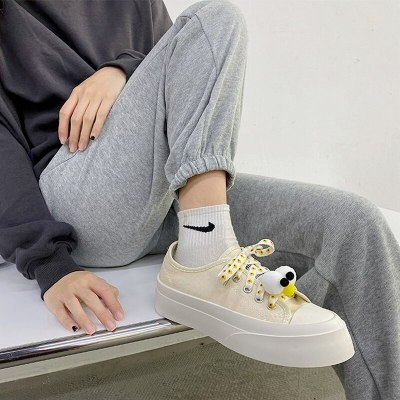 Low-cut Cute White Shoes 2021 New Female Cartoon Flat-bottom Lace-up Casual Fashion Street Student Sneakers Shoes Women
