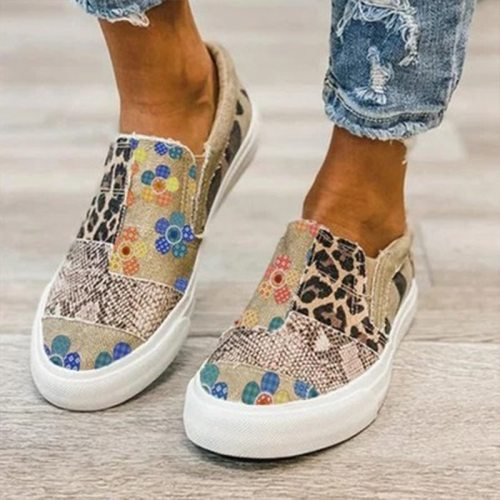 Summer Women Casual Shoes New Patchwork Comfortable Flat Female Canvas Shoes Fashion Slip On Leopard Print Lady Loafers