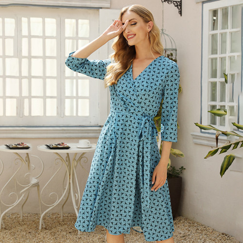 Women V-neck Casual Dress Elegant V-neck 3/4 Sleeve Midi Dress Summer Fashion Women Party Vestidos De