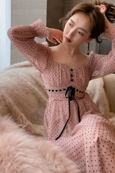French Vintage Midi Dress Women Puffer Sleeve Square Collor Office Elegant Dress Female 2021 Spring Dot One Piece Dress Korean