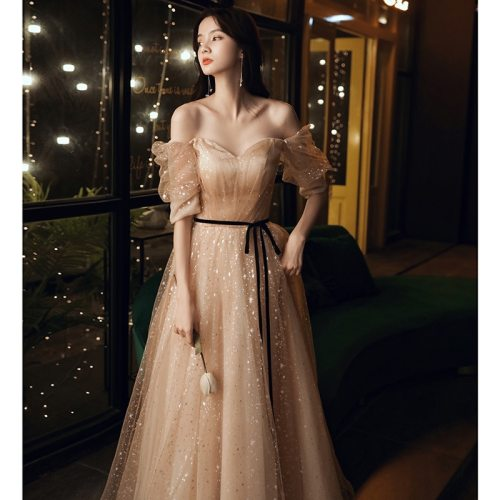Sexy Off the Shoulder Evening Dress 2020 New Fashion a Line Floor Length Formal Prom Dress Illusion Sweetheart Banquet Dresses