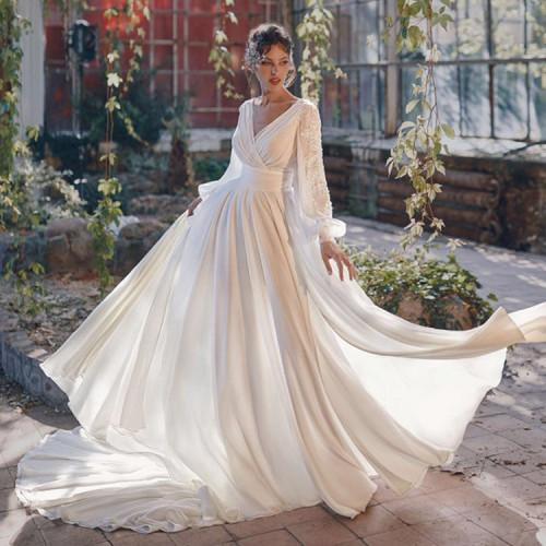 Women Medieval Dress White Vintage Style Renaissance Dress Floor Length Women Cosplay Dresses Retro Long Medieval Dress Gown