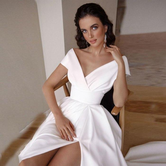 Women White Wedding Elegant Dress Modest V-Neck Short Sleeve A-line Backless Party Dress Vestido Sweep For Brides Robe De Maire