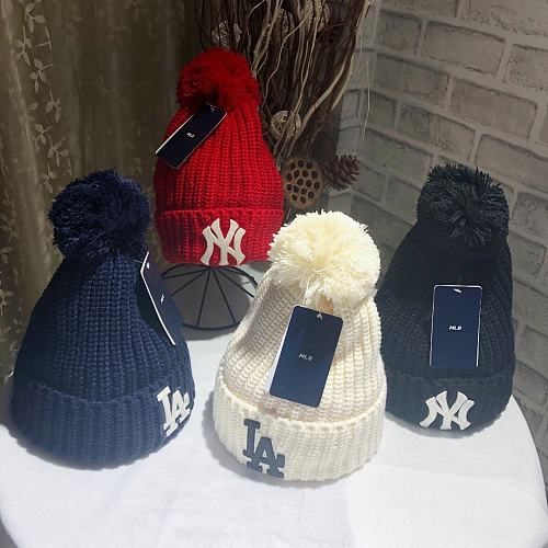 MLB BRAND FUR BALL KNITTED HAT WITH FOUR COLORS MLB BRAND