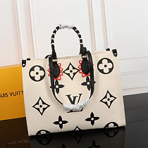 High-end replica LOUIS VUITTON CRAFTY ONTHEGO SHOULDER BAG M45373 WHITE