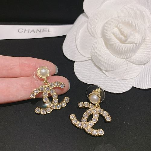 CHANEL EARRINGS WITH GIFT BOX 101624