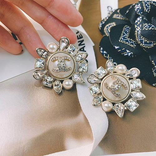 CHANEL EARRINGS WITH GIFT BOX 101634