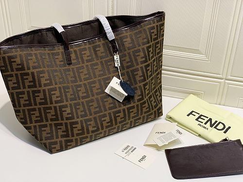 FENDI Vintage Shopping Bag
