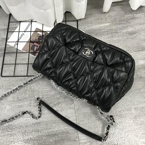 CHANEL 2020 Winter New Chain Crossbody Shoulder Bag Black