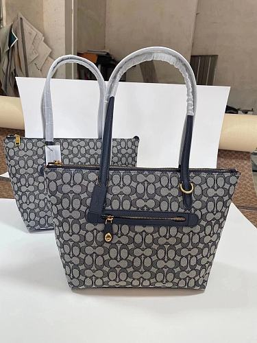 COACH 5106 Classic TAYLOR Tote Bag