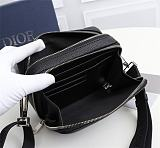 DIOR 2CABC120YMJ GRAINED CALFSKIN POUCH WITH SHOULDER STRAP BLACK