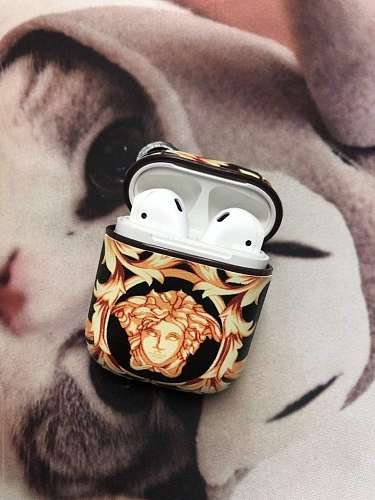 Versace Style Leather Protective AirPods 1 & 2 Case