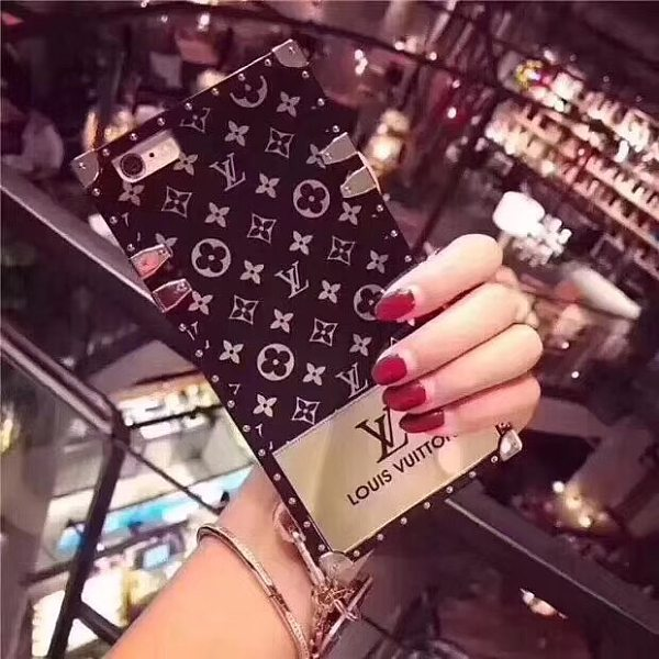 LOUIS VUITTON LV TRUNK PHONE CASE FOR IPHONE 12 11 PRO MAX XS MAX XR XS 7 8 PLUS SE2 WITH LANYARD