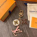LV LOUIS VUITTON SPRING STREET KEYCHAIN PINK M69008