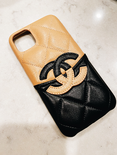 CHANEL VINTAGE LOLA CASE (BEIGE) LAMB SKIN LEATHER IPHONE 12 11 PRO MAX XS MAX XR 7 8 PLUS CARD SLOT HOLDER