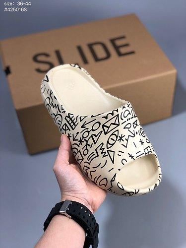 102681-40-125 slides men women slippers Desert Sand Core Soot Bone Earth Brown Foam Runner triple white black outdoor sandals with box