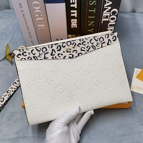 LV M68706  Mélanie Monogram Empreinte  Handbag 0727105 White